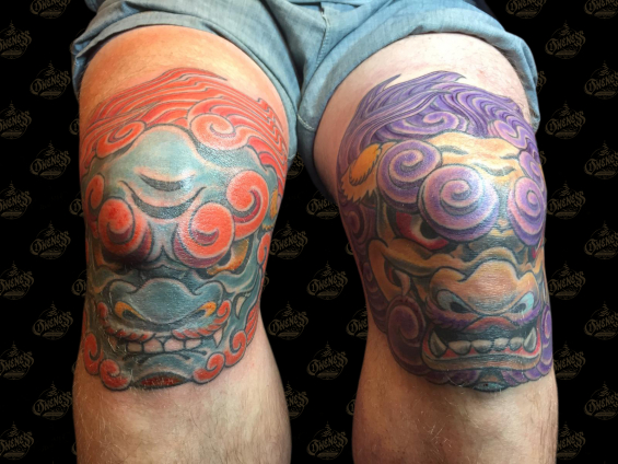 Tattoo Fu dog knees by Darko groenhagen