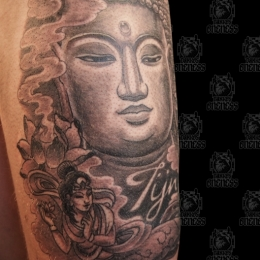 Tattoo Buddha leg by Darko groenhagen